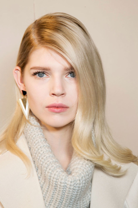 hbz-fw2015-hair-trends-deep-part-blumarine-bks-a-rf15-2699_1